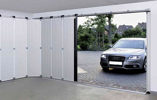 Garážová vrata jako hlavní vchod domu – jaké jsou možnosti